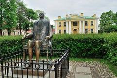 对皇帝彼得大帝的纪念碑在彼得和保罗堡垒在圣彼德堡,俄罗斯 免版税库存图片