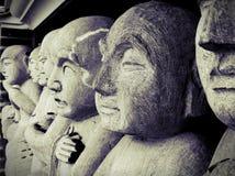 对神雕象的礼物,菩萨伊甸园 免版税库存照片