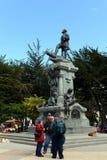 对福纳多麦哲伦的一座纪念碑在蓬塔阿雷纳斯 图库摄影