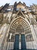 对科隆大教堂的北部入口 图库摄影
