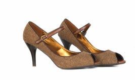 对穿上鞋子妇女的 免版税库存图片