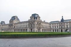 对罗浮宫的巴黎法国6月01日2018后门在巴黎,法国 免版税库存图片