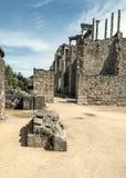 对罗马圆形露天剧场的街道 免版税库存照片