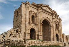 对罗马废墟的门户 库存图片