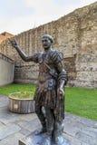 对罗马的纪念碑在伦敦墙壁 库存照片
