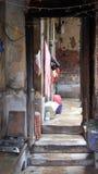 对老印地安房子的入口在加尔各答 库存图片