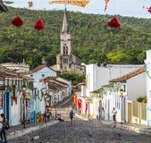 对老镇的看法有教会的 库存照片