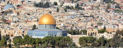 对耶路撒冷老市的全景 库存图片