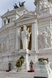 对胜者伊曼纽尔IIin罗马的StanMonument 库存图片