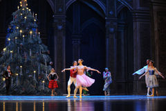 对舞蹈的邀请第二个行动第二领域糖果王国-芭蕾胡桃钳 图库摄影