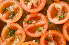 对蕃茄的烘烤 图库摄影