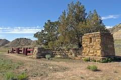 对西部公园的老入口篱芭 免版税库存照片
