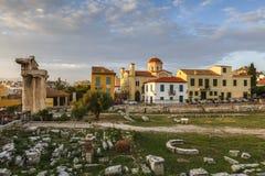 对视图的上城集市雅典接近的hadrian图书馆罗马s端 库存图片