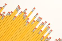 对角铅笔行 免版税图库摄影