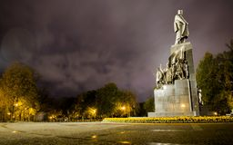 对诗人塔拉斯・舍甫琴科的纪念碑 免版税库存图片