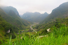 对谷,河江市,北越南的一个看法 免版税库存照片