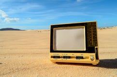 对象在干燥沙漠 图库摄影