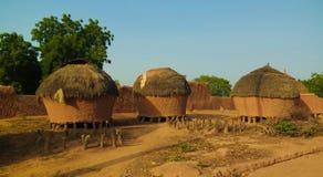 对豪萨人人,塔瓦,尼日尔Bkonni村庄的全景  免版税库存图片