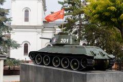 对辛菲罗波尔的救星的坦克纪念碑 克里米亚 免版税库存照片