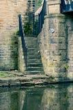 对运河的石步 免版税库存图片