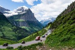 去对这太阳路在冰川国家公园,美国 免版税库存照片