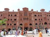 对金黄寺庙,阿姆利则,印度的入口 免版税库存照片