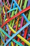 对长度的竹片断被绘的裁减和五颜六色 图库摄影