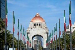 对革命,墨西哥DC的纪念碑。 免版税库存照片