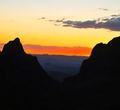 对颜色的颜色 对日落的日落 免版税库存图片
