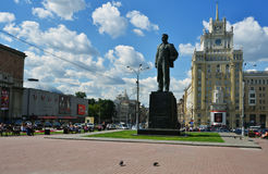 对马雅可夫斯基的纪念碑在莫斯科,俄罗斯 免版税库存照片