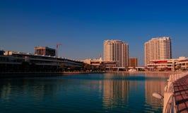 对麦纳麦,巴林浮动市区的全景  库存图片