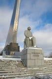 对齐奥尔科夫斯基,莫斯科,俄罗斯的纪念碑 库存图片