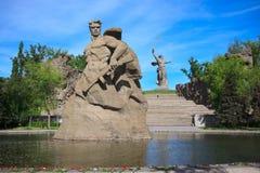 对死亡的纪念碑逗留在Mamaev库尔干,伏尔加格勒 图库摄影