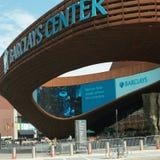 对巴克莱中心布鲁克林NYC的入口 免版税库存照片