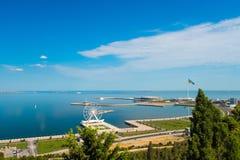 对巴库海湾的看法从山地公园 免版税库存图片