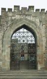 对巴库,阿塞拜疆的历史的市中心的入口 库存图片