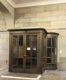 对水教会瑞士苏黎士的入口 免版税库存图片