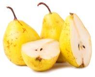 对黄色成熟,水多的梨 免版税库存照片