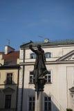 对阴险的人传教者Piotr Skarga的雕象在克拉科夫波兰 库存图片