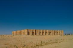 对AlUkhaidir堡垒的外视图在卡尔巴拉,伊拉克附近 库存图片