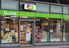 对Avec商店的入口在Wallisellen,瑞士 免版税库存照片