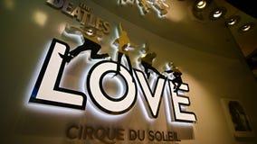 对Beatles太阳马戏团剧院爱展示的入口 库存照片