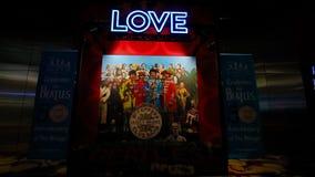 对Beatles太阳马戏团剧院爱展示的入口 图库摄影