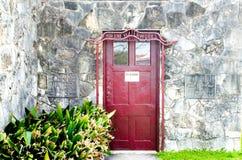 对Boerne供水系统的葡萄酒门在得克萨斯 免版税库存图片