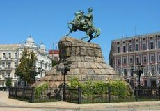 对Bohdan Khmelnitskiy的一座纪念碑 库存图片