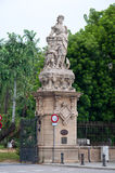 对Ciutadella公园的大门 库存图片