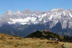 对Dachstein的山景从Hochwurzen 免版税库存图片