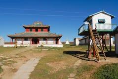 对Erdene Zuu修道院大厦的看法在Kharkhorin,蒙古 库存照片