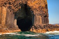 对Fingals洞的入口。 图库摄影