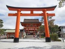 对fushimi inari寺庙的入口 免版税图库摄影